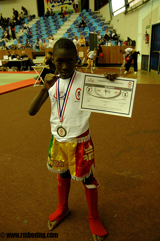 demba dembele rmboxing ( championnat de france educatif )