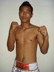 Sudsakorn OH boxeur muay thai classe a rmboxing